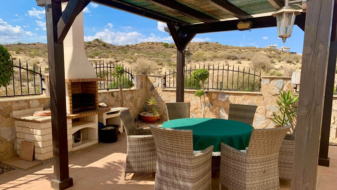 Gallery Image 2 of Nice south west facing 3 bed corner villa with private pool on El Valle Golf Resort