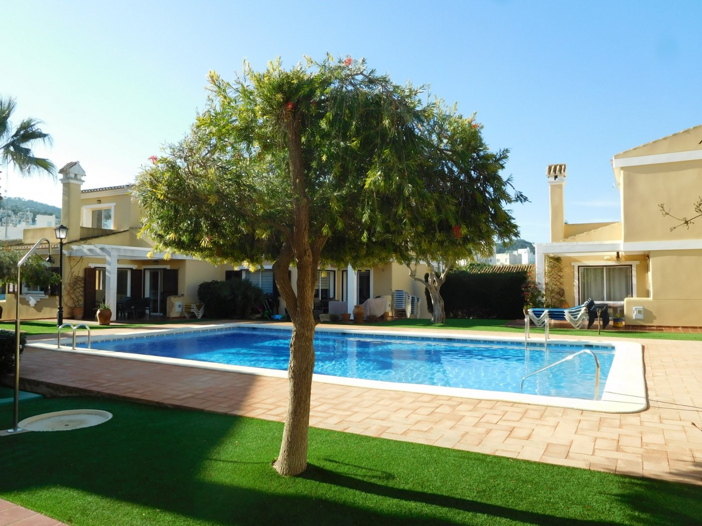 Gallery Image 1 of Casa For rent in Los Naranjos, La Manga Club With Pool
