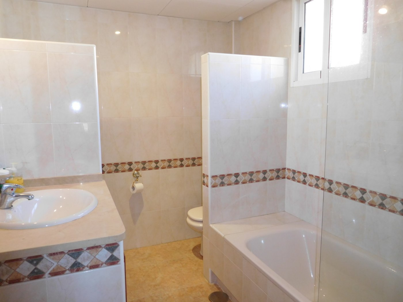 Gallery Image 27 of Casa For rent in Los Naranjos, La Manga Club With Pool