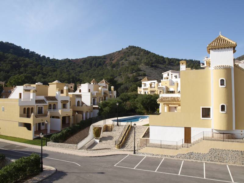 Gallery Image 10 of INVESTMENT OPPORTUNITY at La Manga Club! 2 bedroom town house