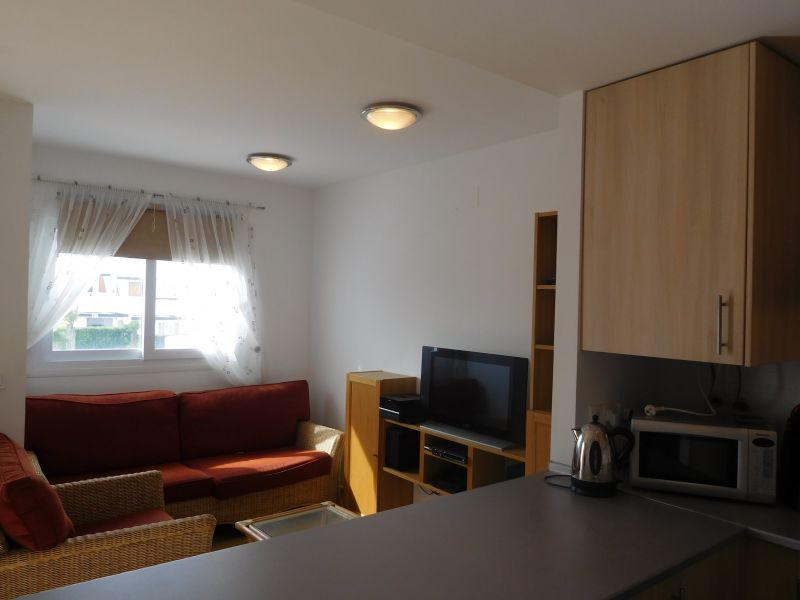 Image 2 Apartment ref 2578 for rent in Condado De Alhama Spain - Quality Homes Costa Cálida