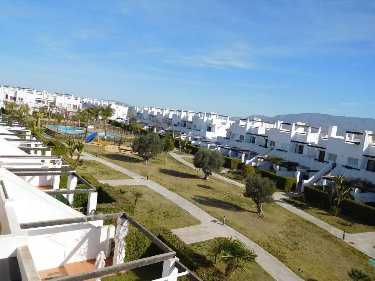 Gallery Image 4 of 2 bedroom corner apartment with ample private roof terrace, on Naranjos 2