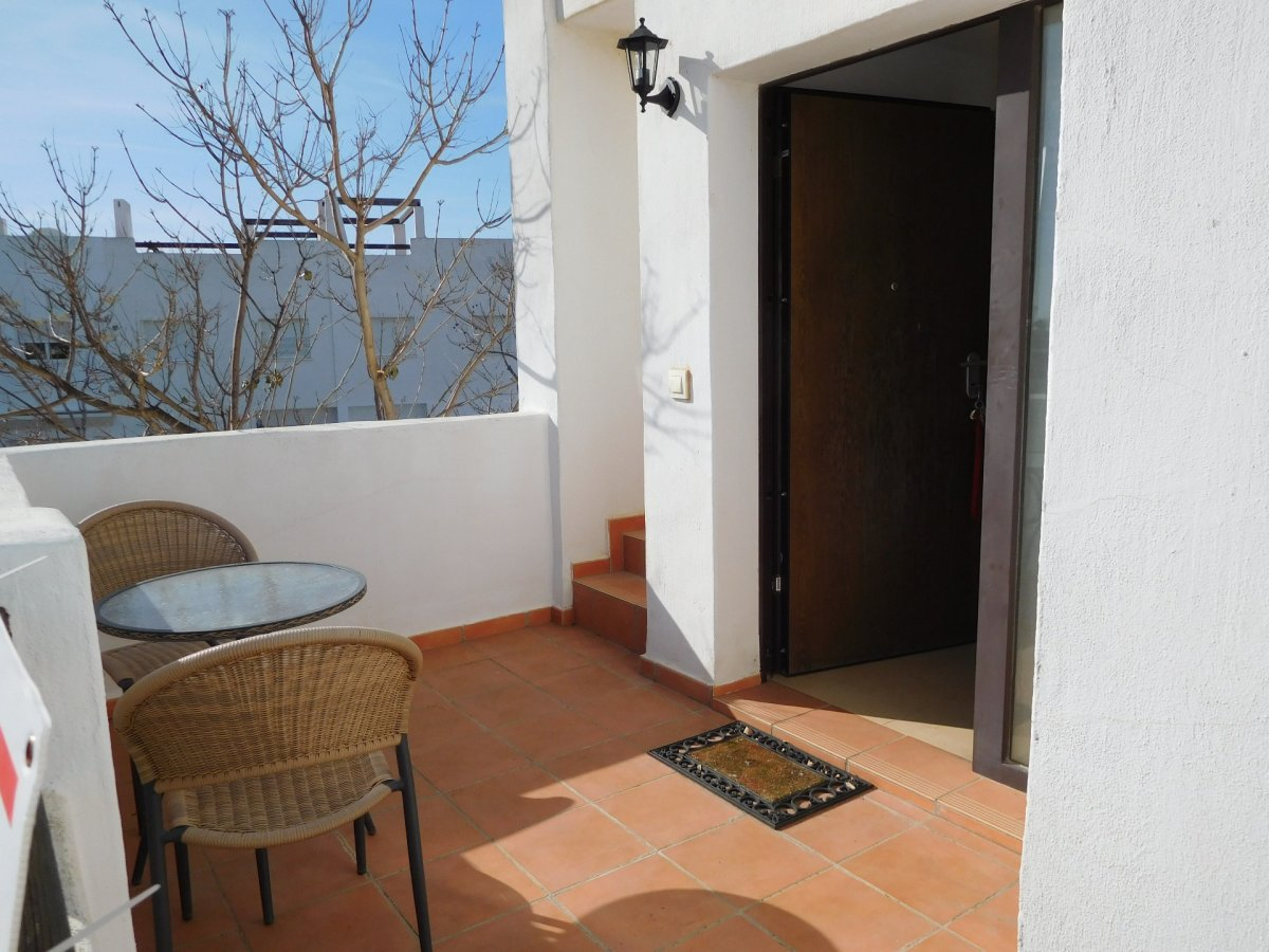 Gallery Image 6 of 2 bedroom corner apartment with ample private roof terrace, on Naranjos 2