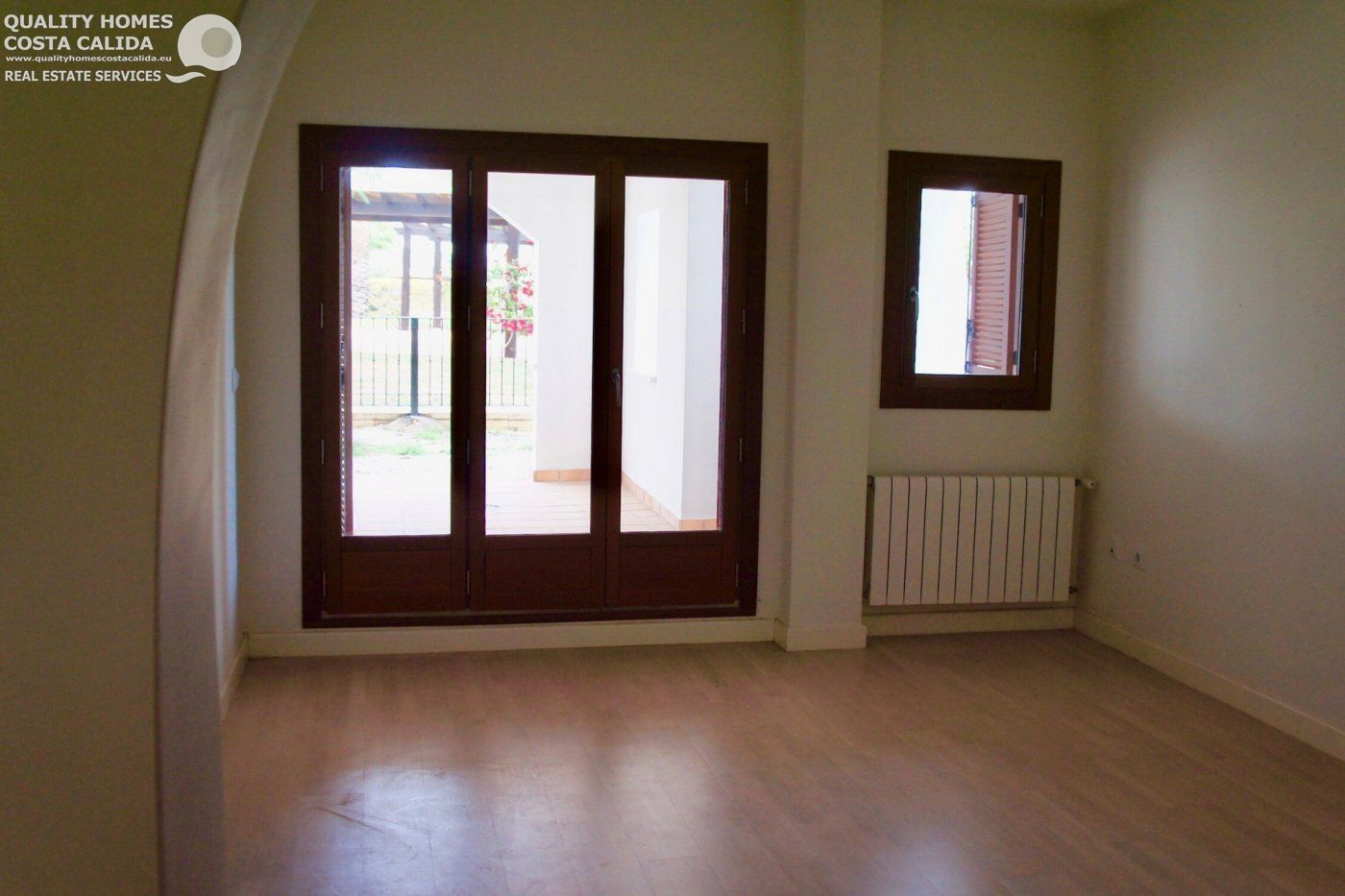 Gallery Image 7 of Garden flat with pool view, 2 bed and 2 bath in lovely Golf Resort