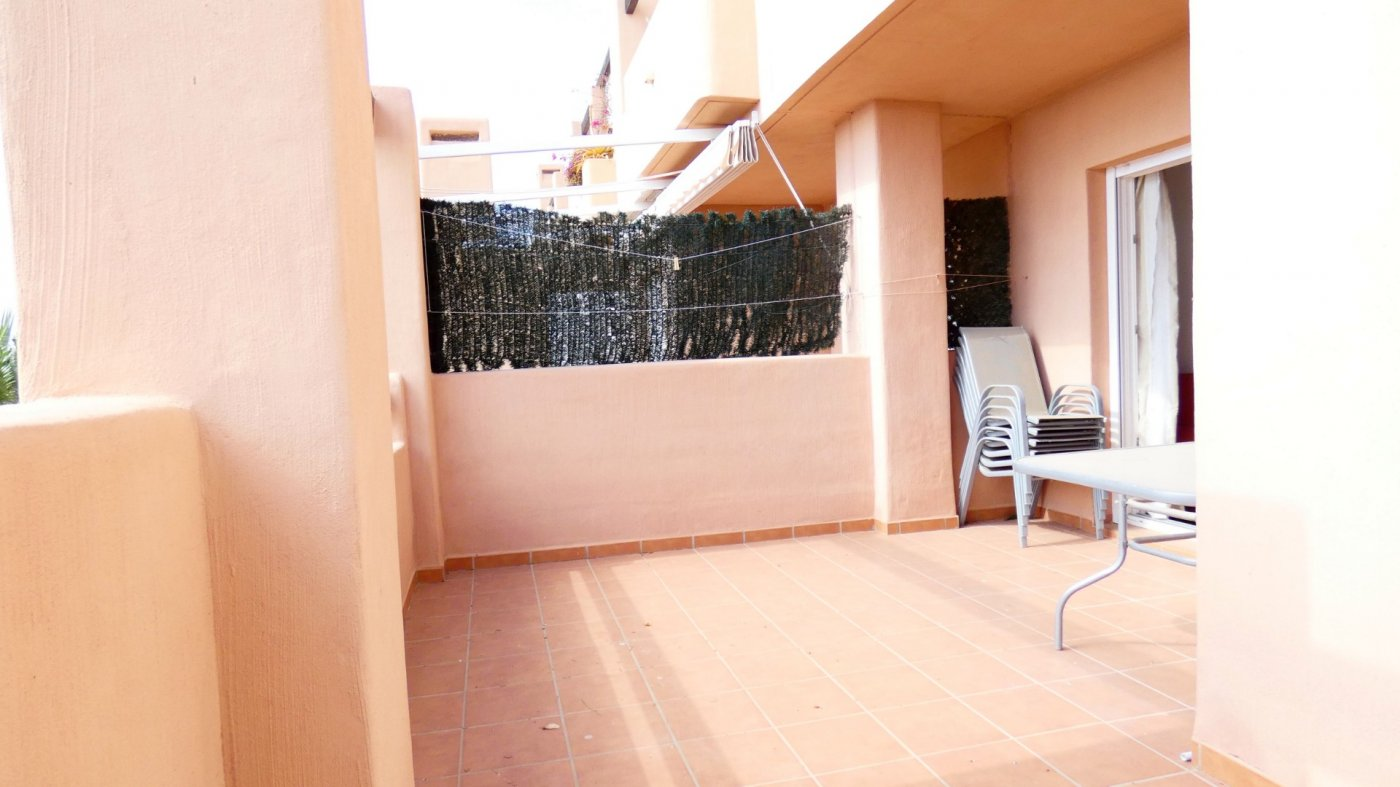 Gallery Image 16 of Bright and South-West facing 2 bedroom apartment in La Isla, with prime views and afternoon sun