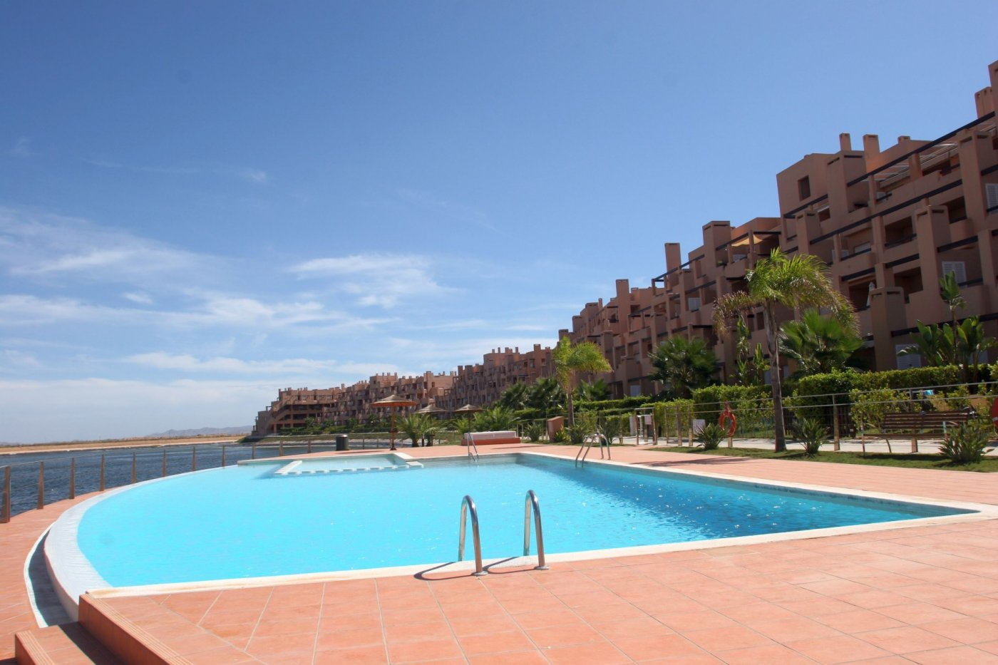 Gallery Image 24 of Bright and South-West facing 2 bedroom apartment in La Isla, with prime views and afternoon sun