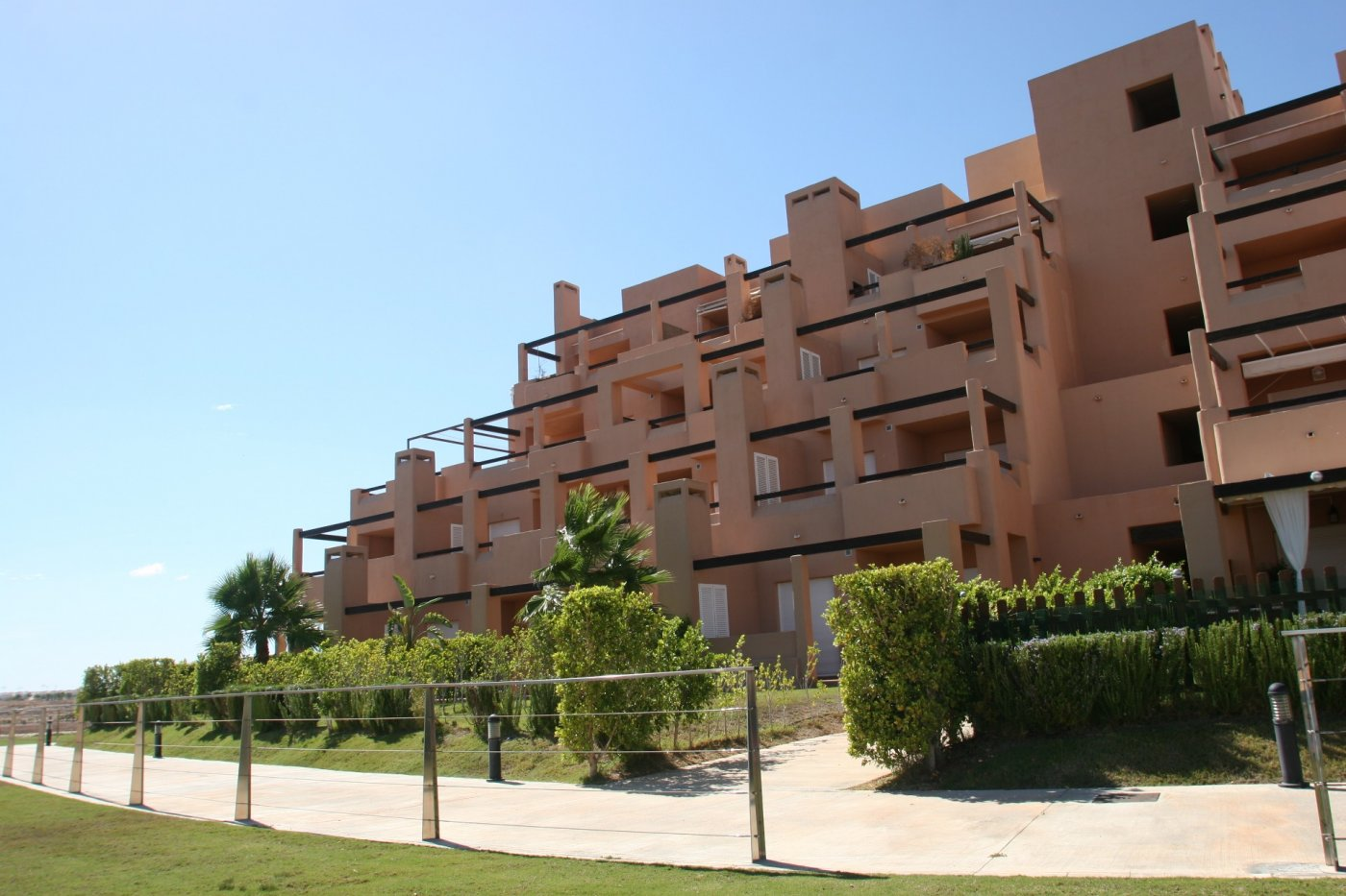 Gallery Image 34 of Bright and South-West facing 2 bedroom apartment in La Isla, with prime views and afternoon sun