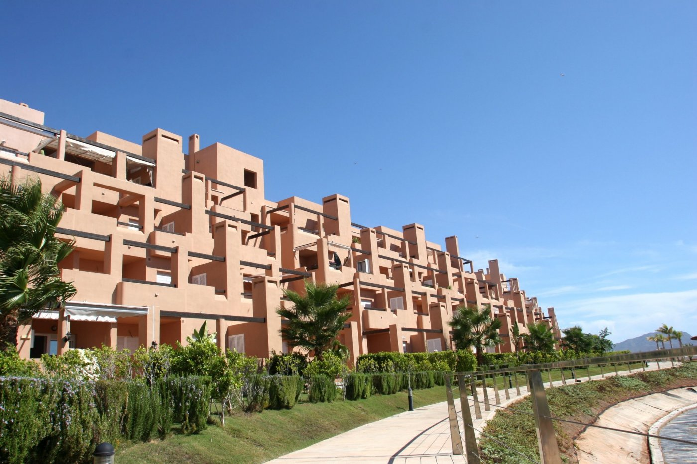 Gallery Image 37 of Bright and South-West facing 2 bedroom apartment in La Isla, with prime views and afternoon sun