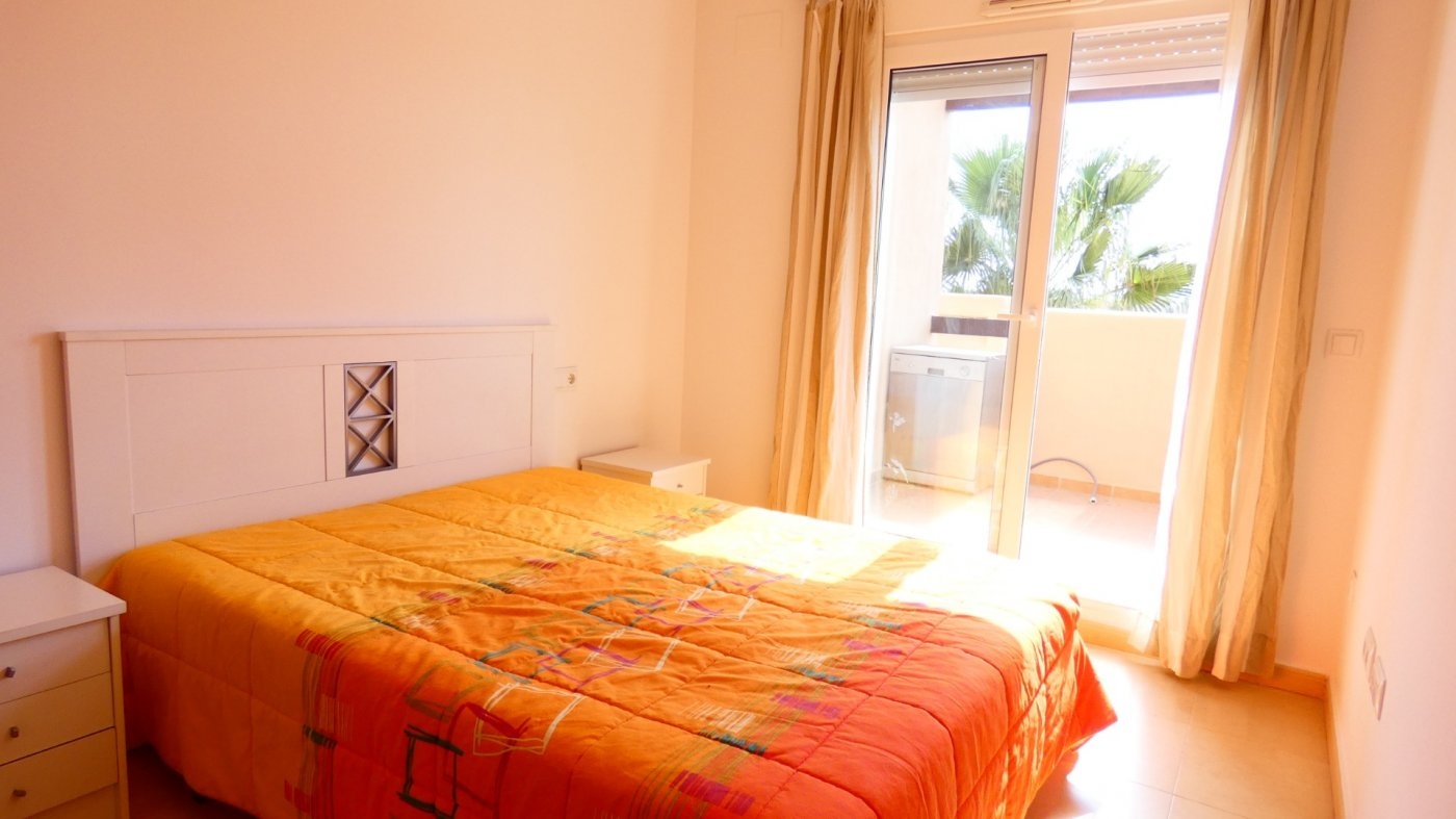 Gallery Image 6 of Bright and South-West facing 2 bedroom apartment in La Isla, with prime views and afternoon sun