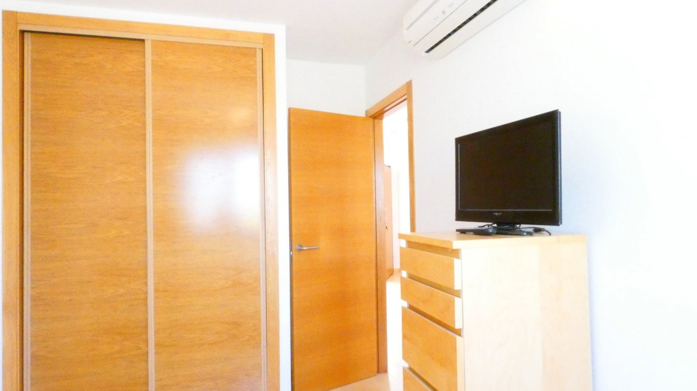 Gallery Image 17 of Precioso ático de esquina, 2 dormitorios, gran solarium privado con increíbles vistas panorámicas