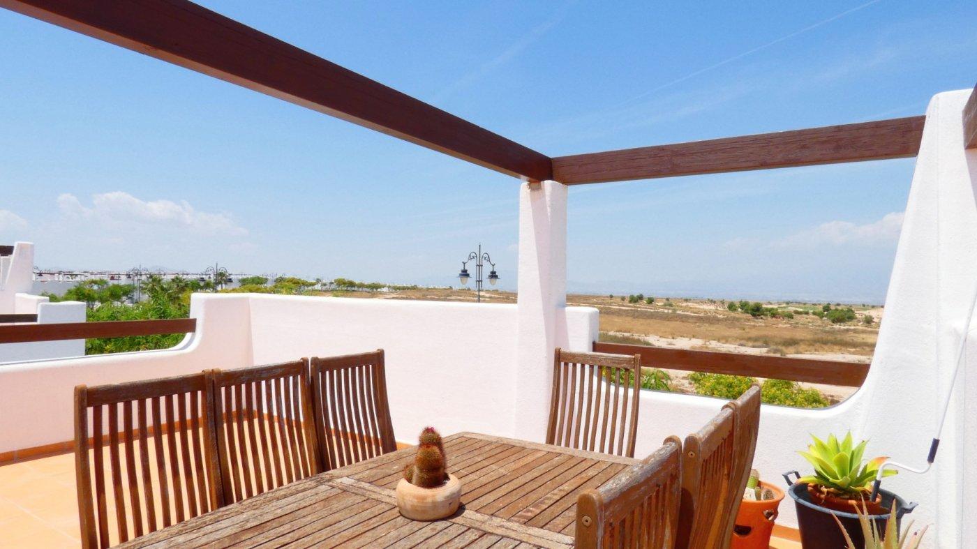 Imagen de la galería 5 of Precioso ático de esquina, 2 dormitorios, gran solarium privado con increíbles vistas panorámicas