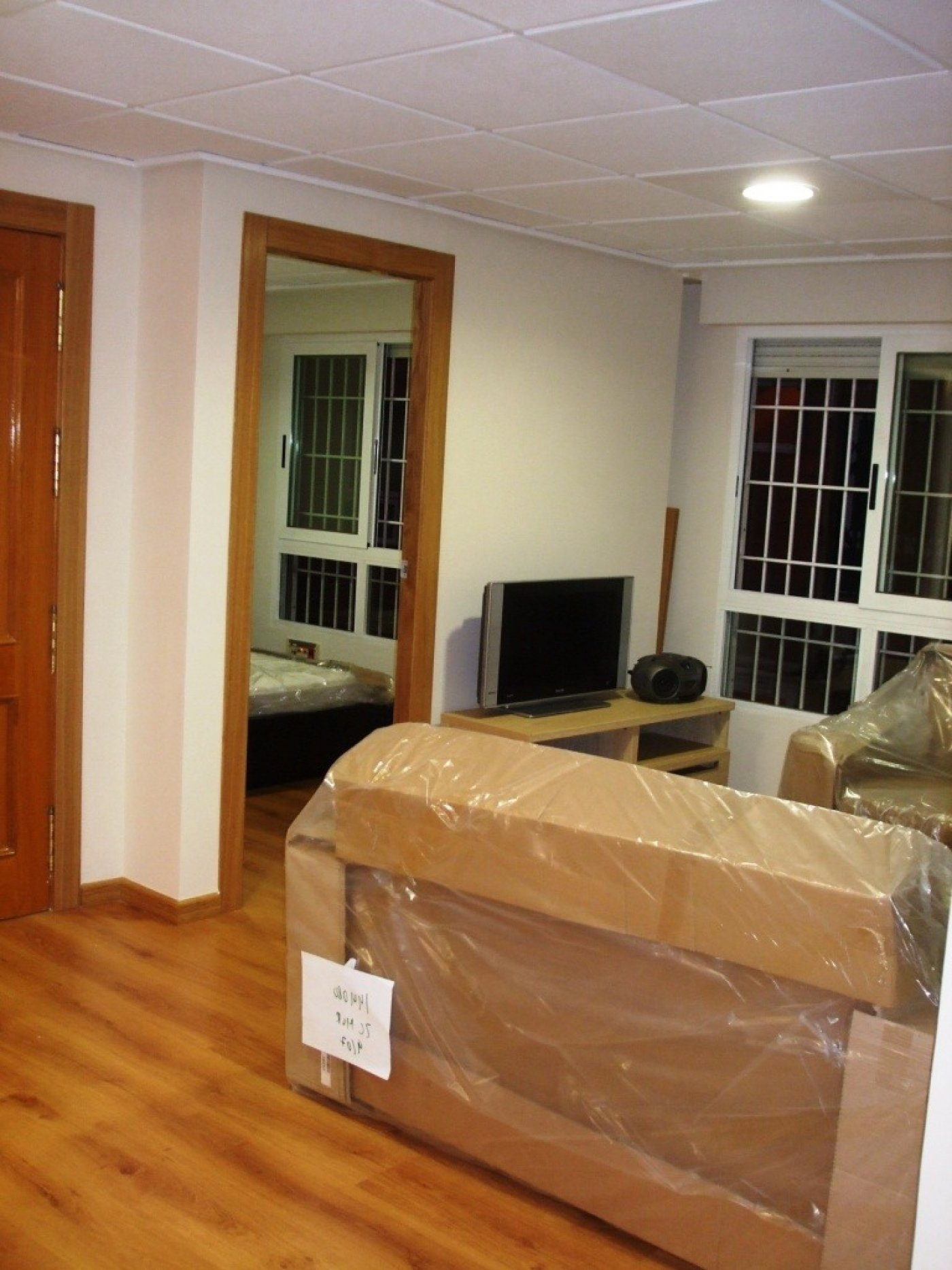 Gallery Image 2 of Flat For rent in Catedral, Murcia