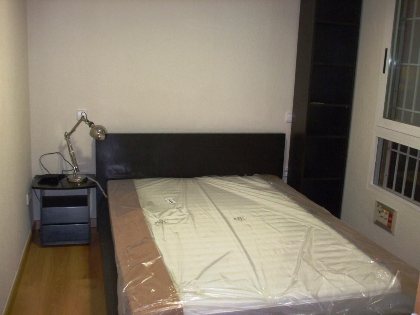 Gallery Image 4 of Flat For rent in Catedral, Murcia
