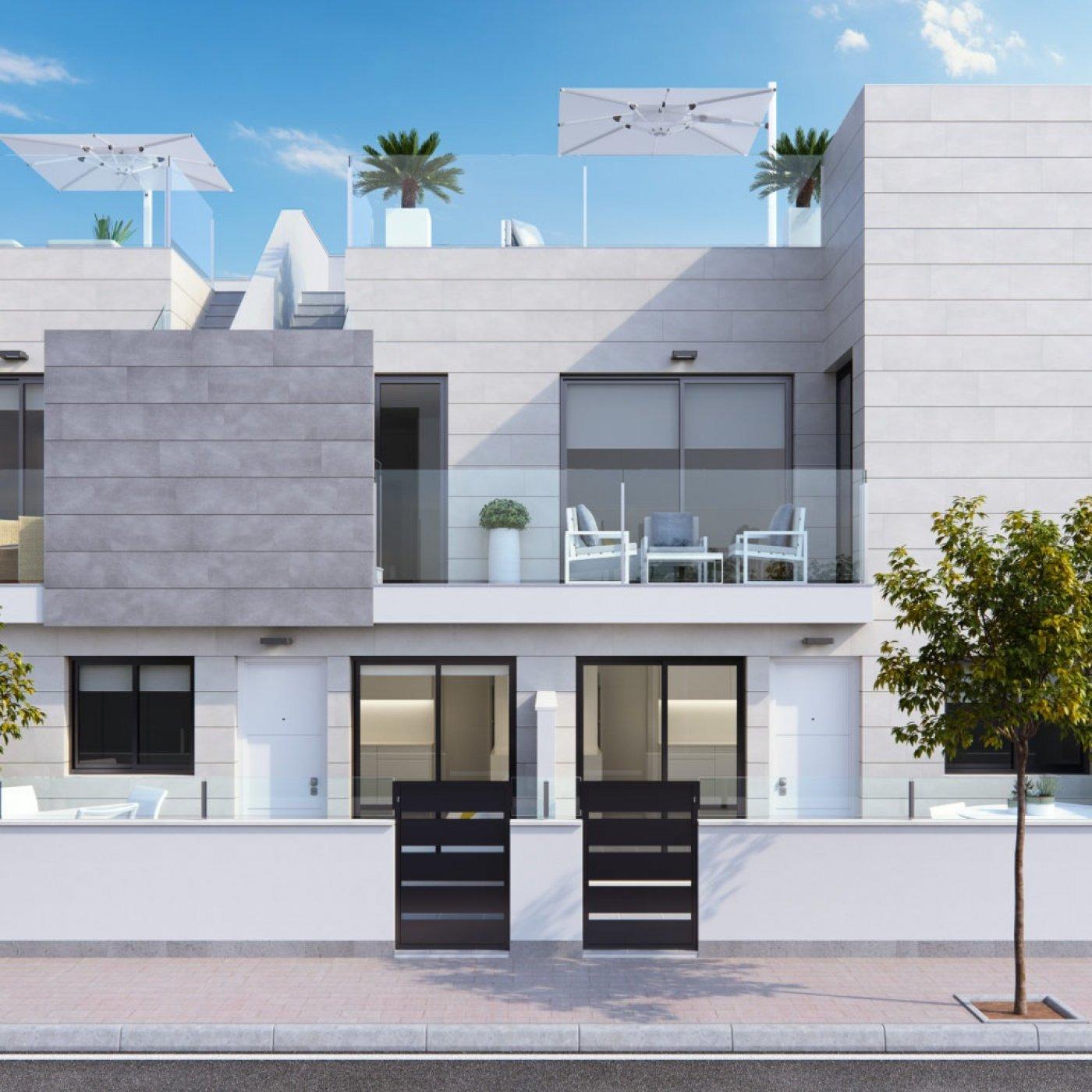 Galerijafbeelding 2 of Laatste begane grond appartement in El Mojón 70 meter van het strand