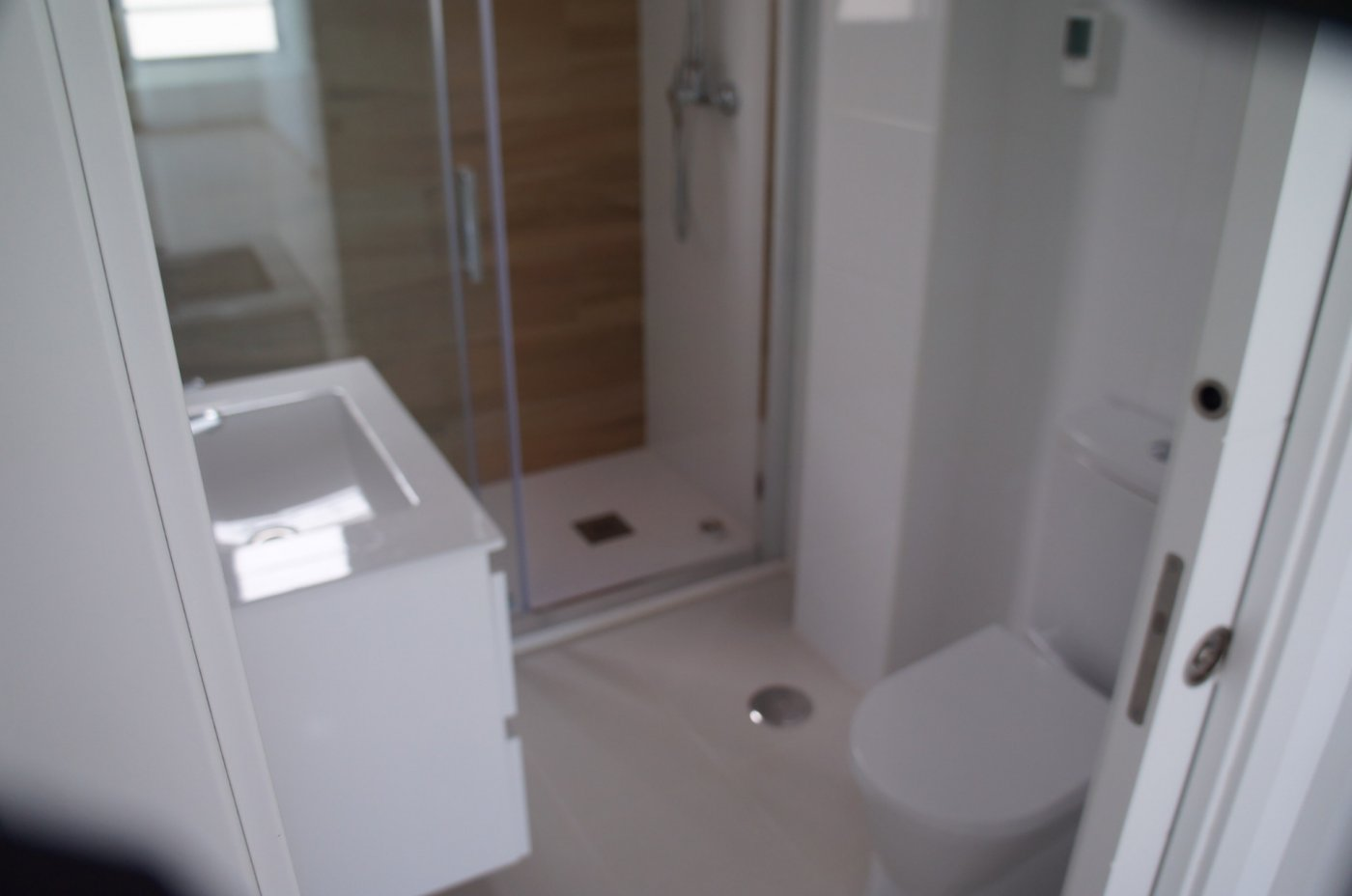 Gallery Image 11 of New build townhouse, bang in the middle of Los Alcazares with private pool and 500 m from the beach