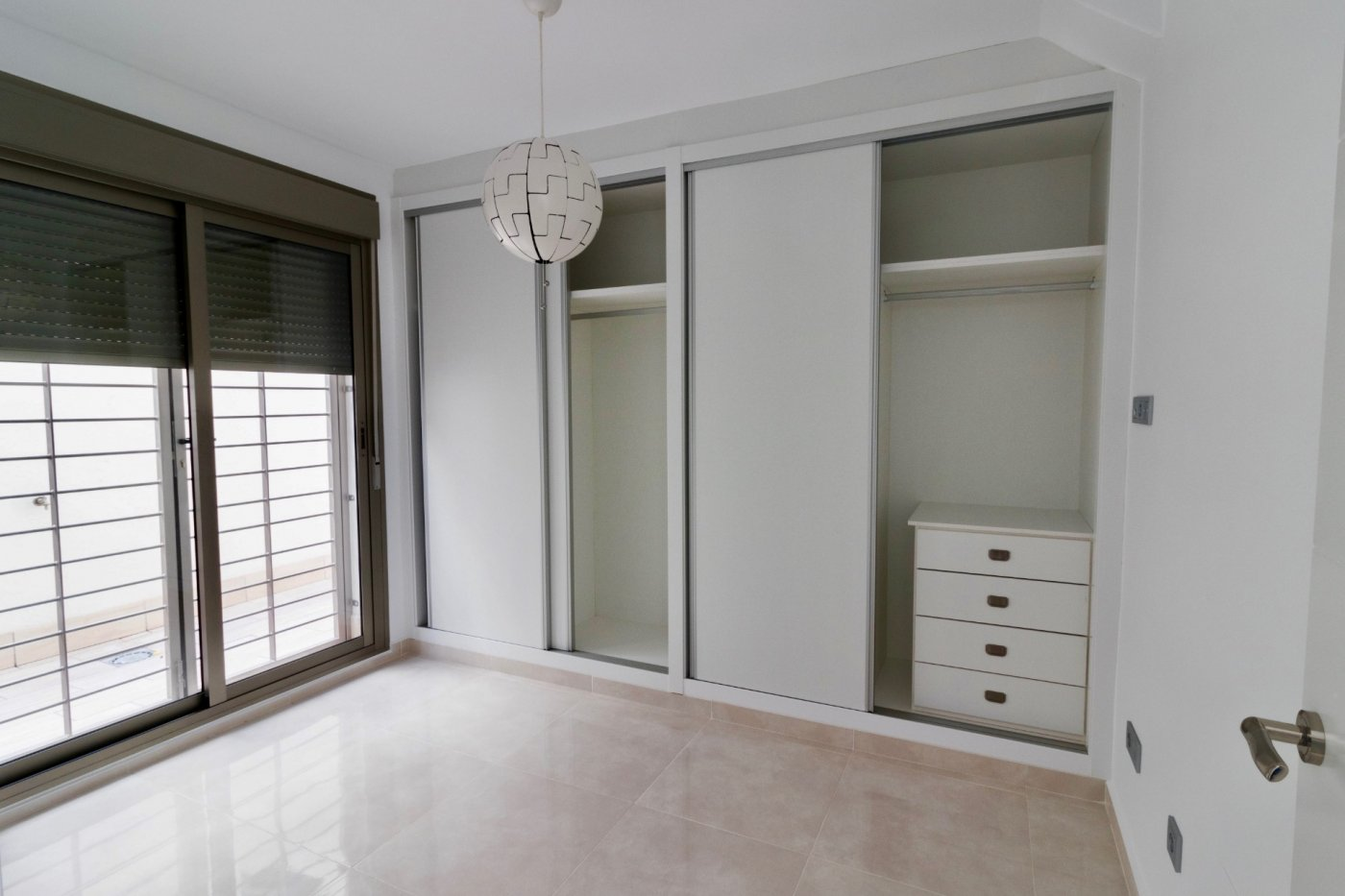 Gallery Image 18 of New build townhouse, bang in the middle of Los Alcazares with private pool and 500 m from the beach