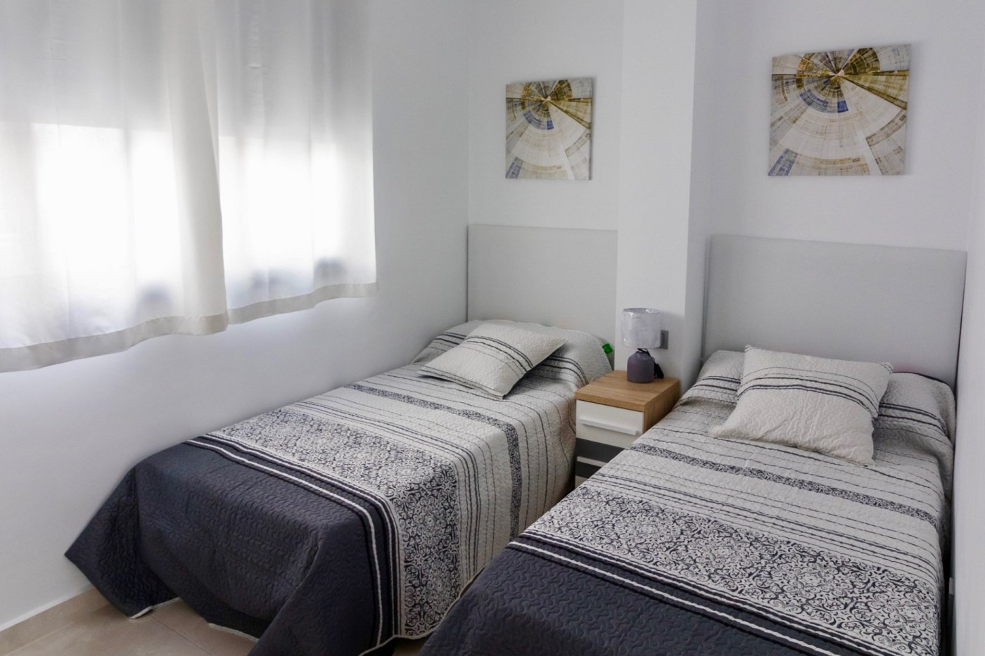 Gallery Image 19 of New build townhouse, bang in the middle of Los Alcazares with private pool and 500 m from the beach