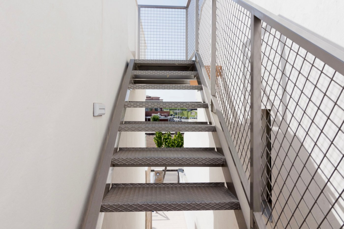 Gallery Image 23 of New build townhouse, bang in the middle of Los Alcazares with private pool and 500 m from the beach