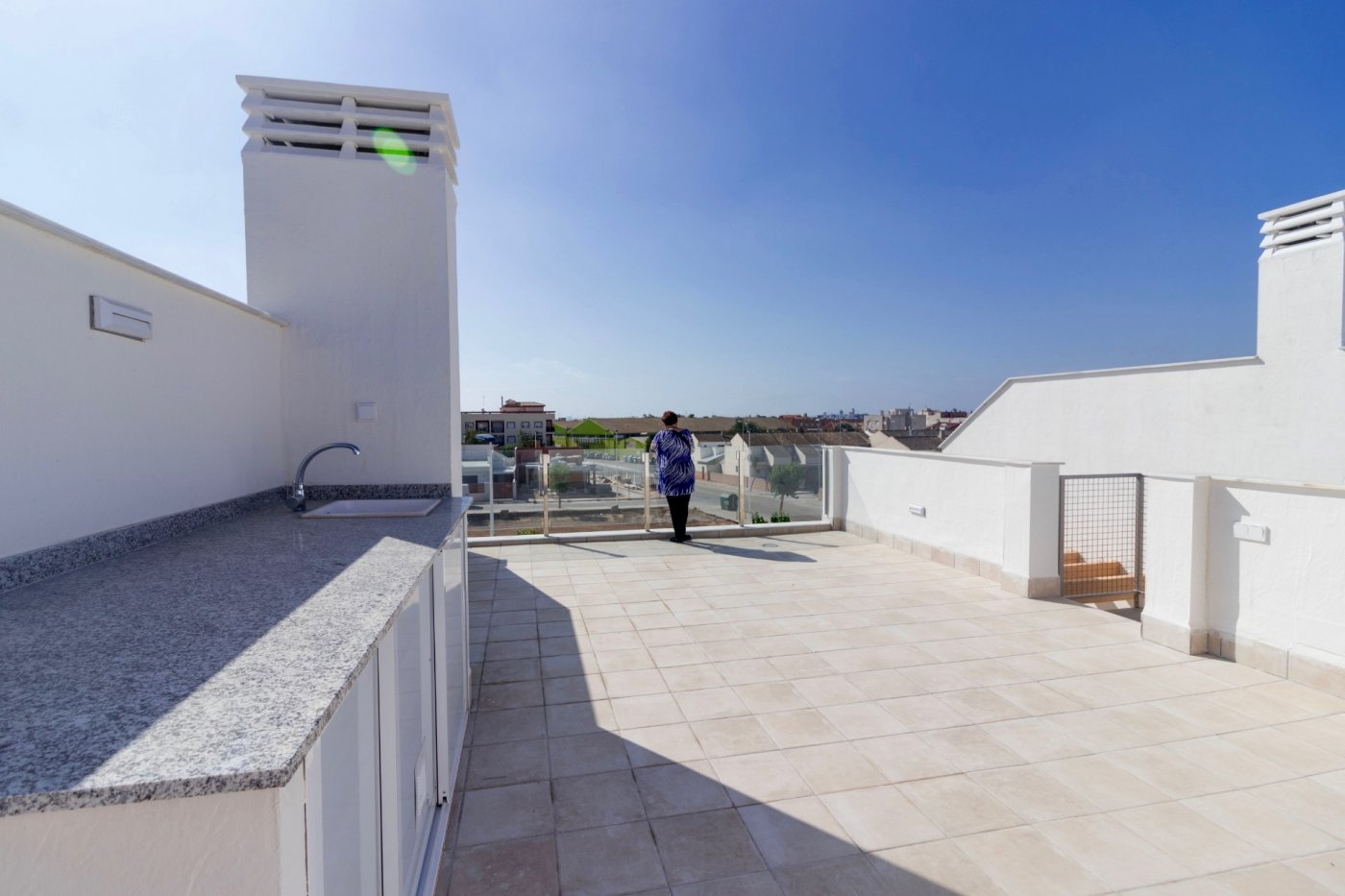 Gallery Image 27 of New build townhouse, bang in the middle of Los Alcazares with private pool and 500 m from the beach