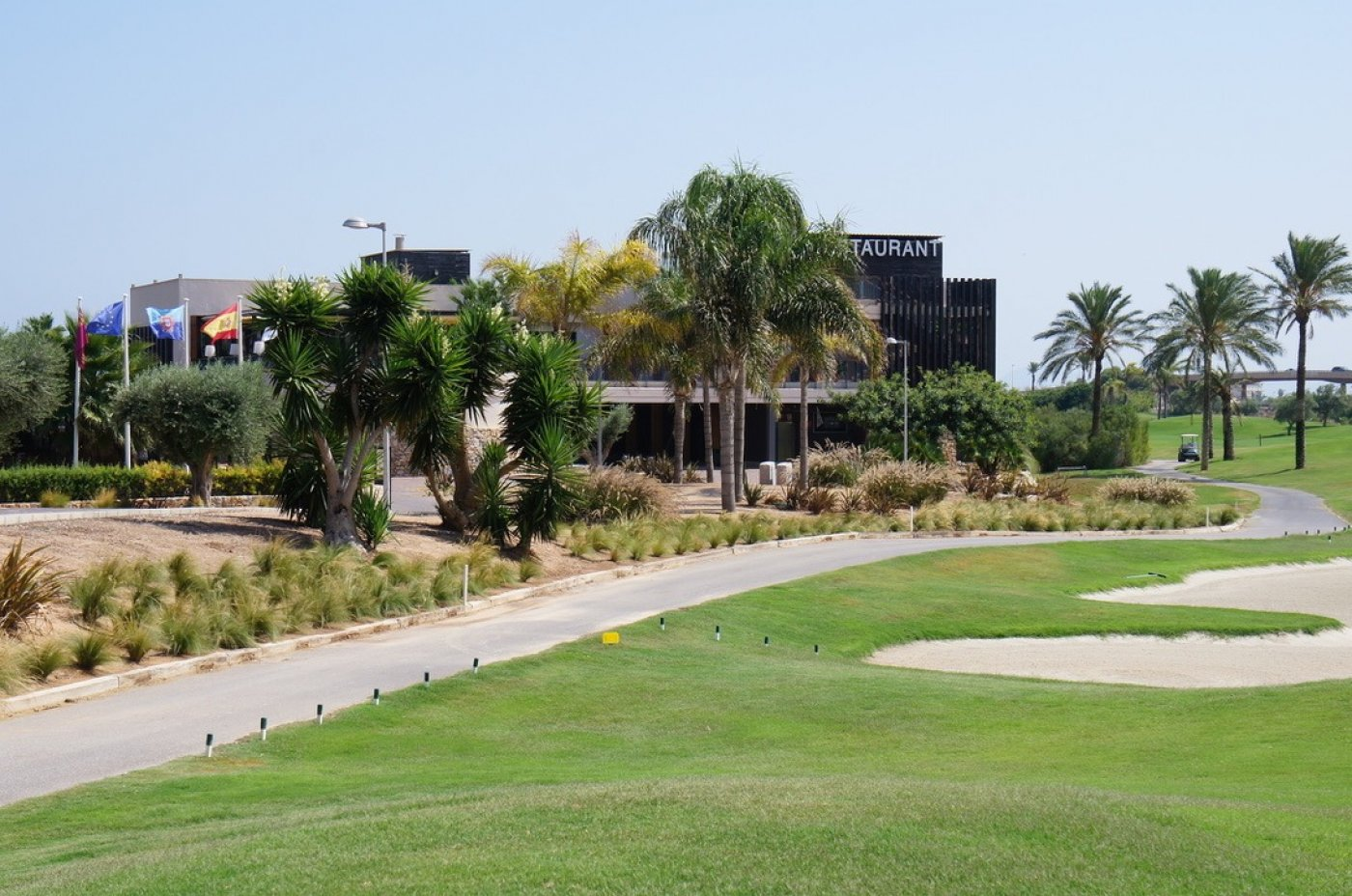Galleribillede 12 of Nybygget moderne villa med egen pøl på Roda Golf