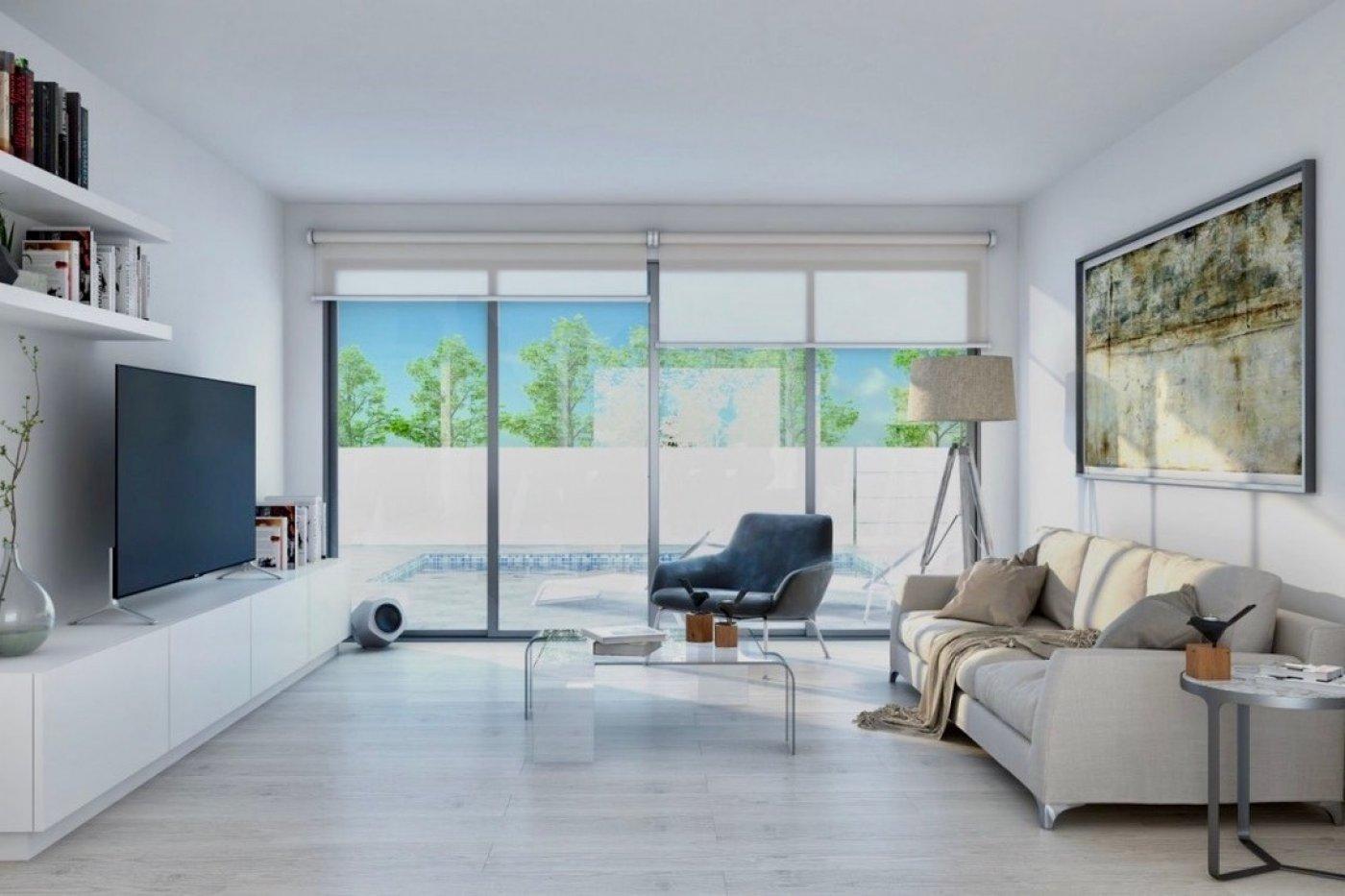 Galleribillede 2 of Nybygget moderne villa med egen pøl på Roda Golf