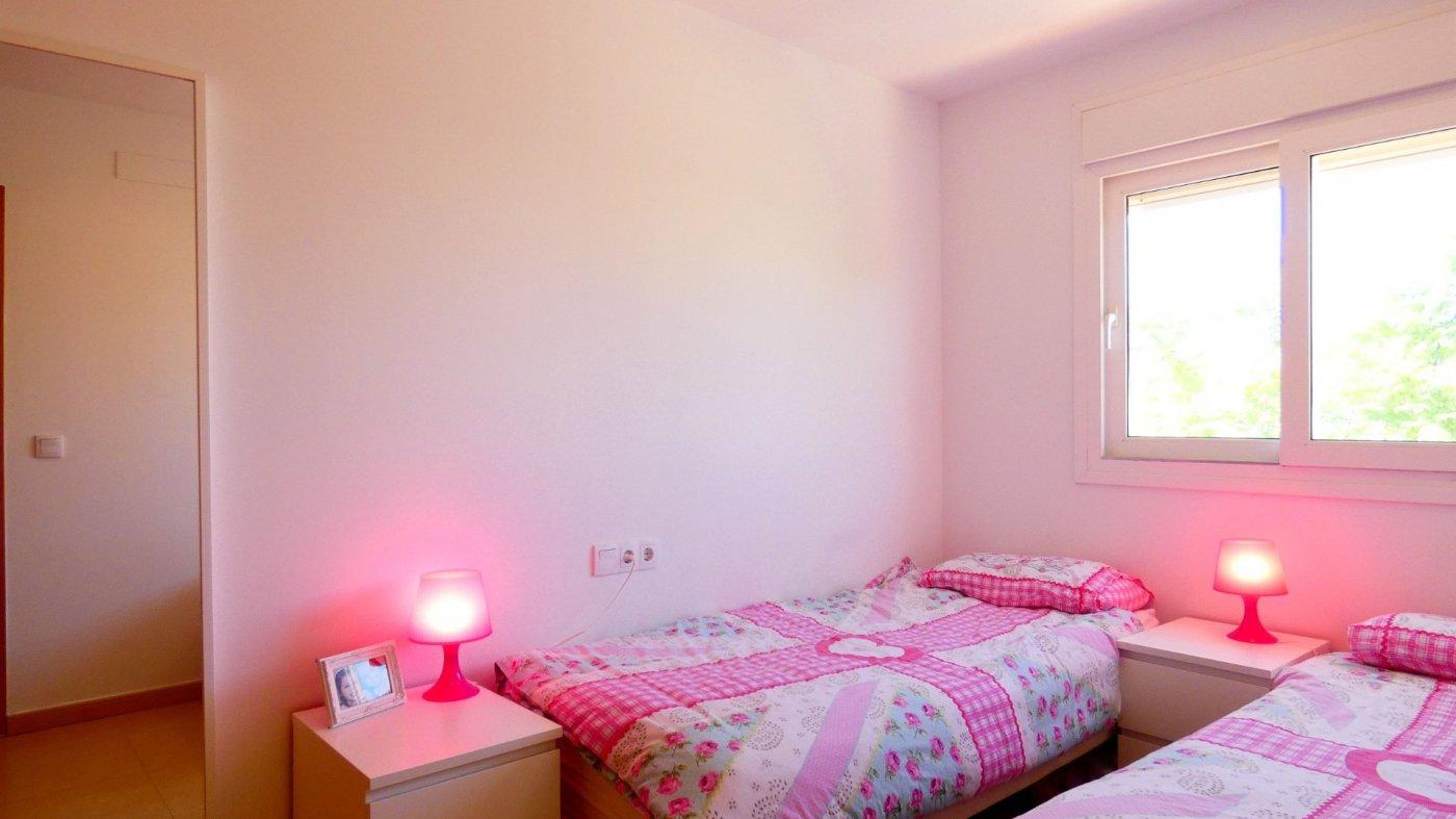 Gallery Image 5 of LOOKING FOR QUICK SALE! 2 Bed Apartment set in beautiful Jardin 3, Condado de Alhama Resort