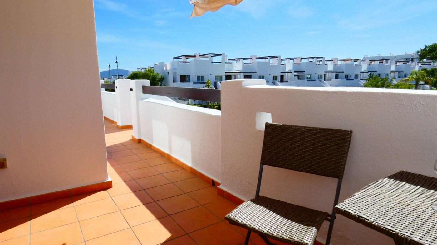 Gallery Image 14 of Location, location, location! South West Facing 2 Bed Apartment in Naranjos 4