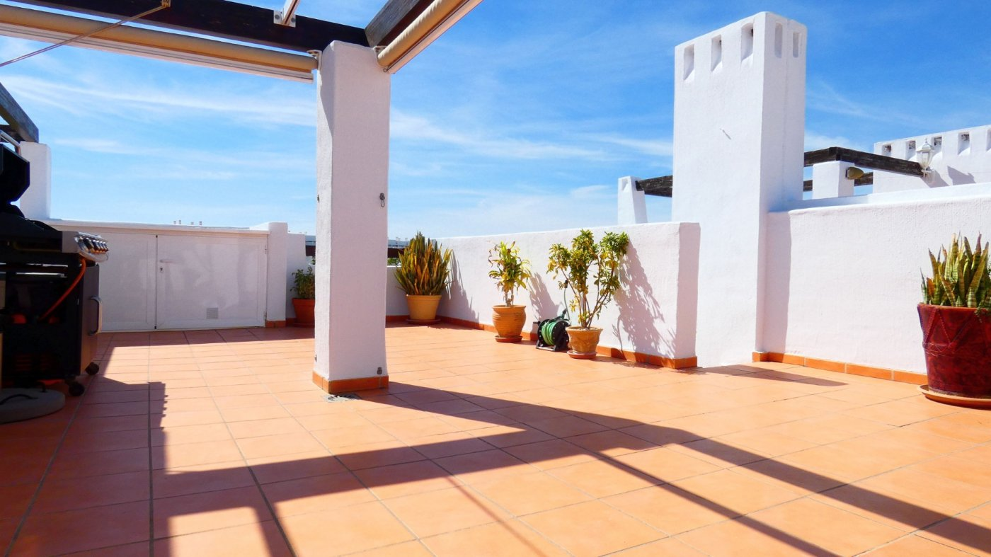 Gallery Image 17 of Location, location, location! South West Facing 2 Bed Apartment in Naranjos 4