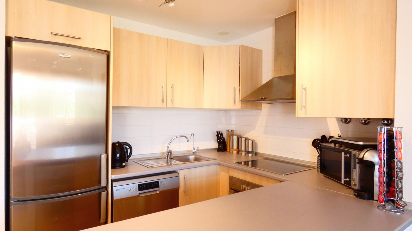 Gallery Image 20 of Location, location, location! South West Facing 2 Bed Apartment in Naranjos 4