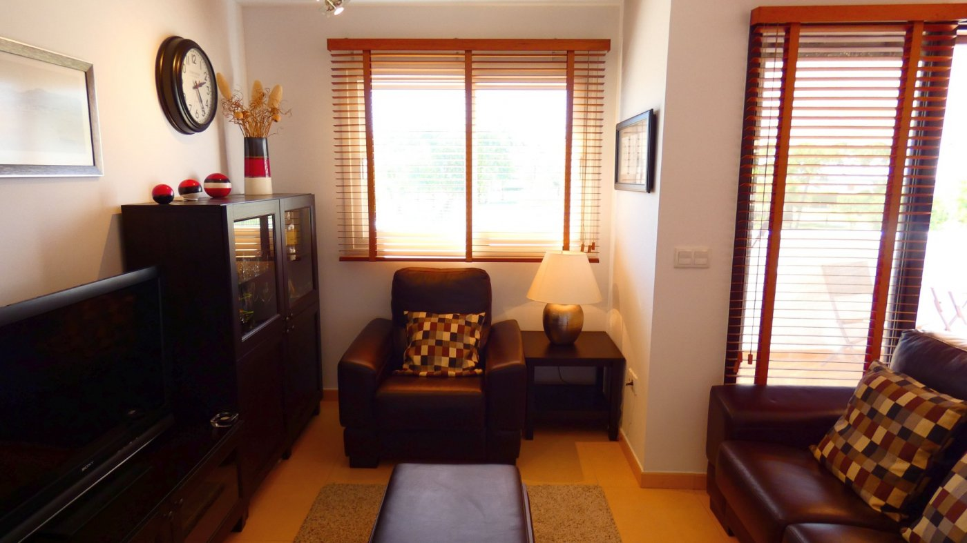 Gallery Image 21 of Location, location, location! South West Facing 2 Bed Apartment in Naranjos 4