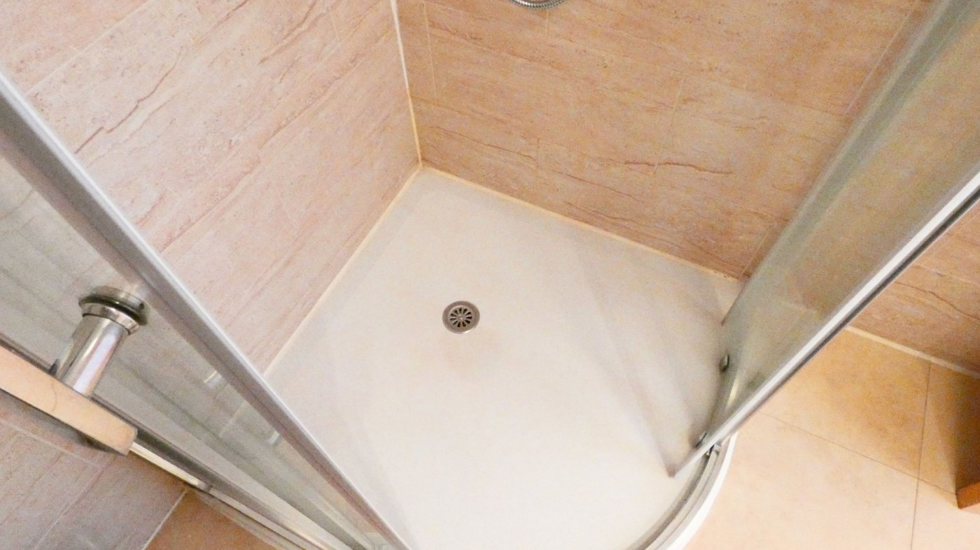 Gallery Image 30 of Location, location, location! South West Facing 2 Bed Apartment in Naranjos 4