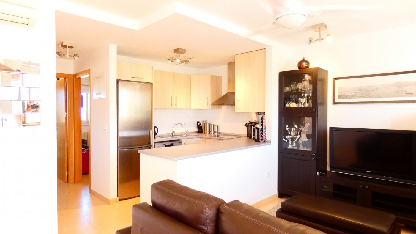 Gallery Image 6 of Location, location, location! South West Facing 2 Bed Apartment in Naranjos 4