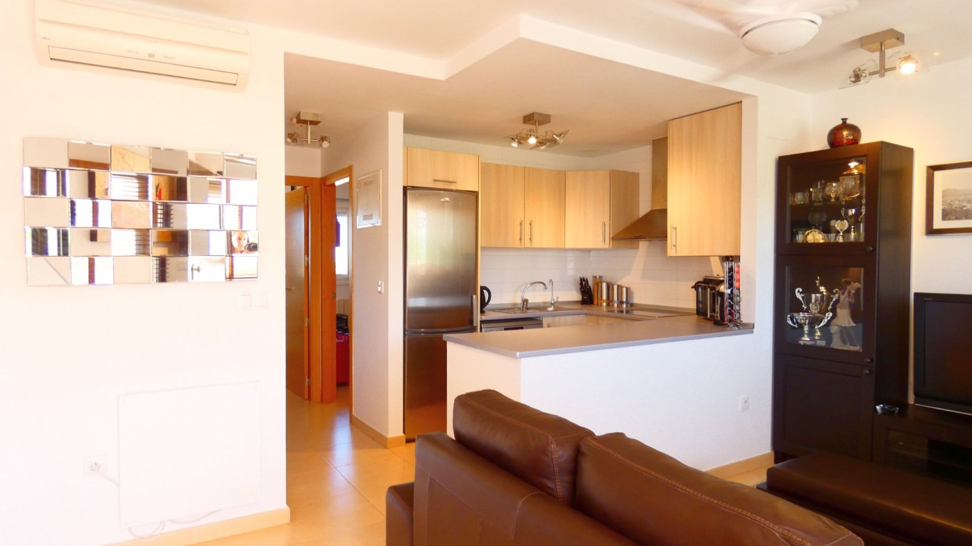 Gallery Image 8 of Location, location, location! South West Facing 2 Bed Apartment in Naranjos 4
