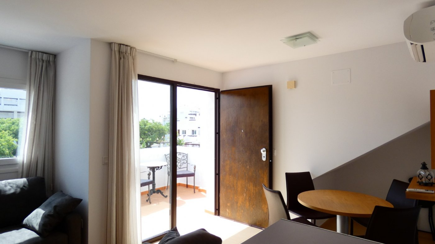 Gallery Image 17 of Fabulous 2 Bed Apartment, South West facing and in walking distance of all amenities at Condado