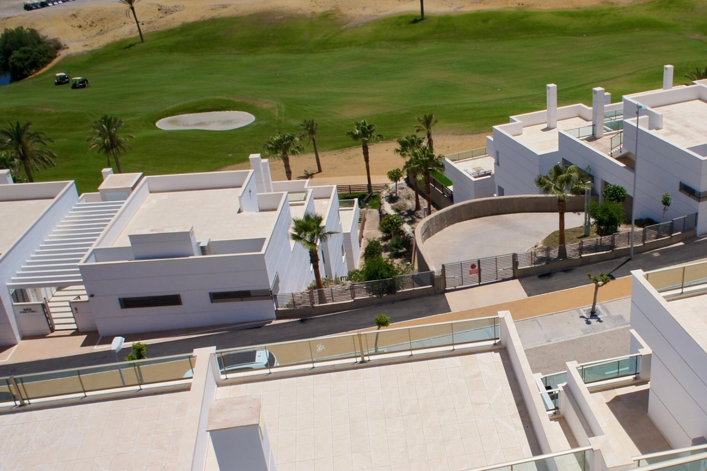 Gallery Image 10 of Big south facing 3 bed, 2 bath apartment with lovely views and 75 m2 terrassesolarium.