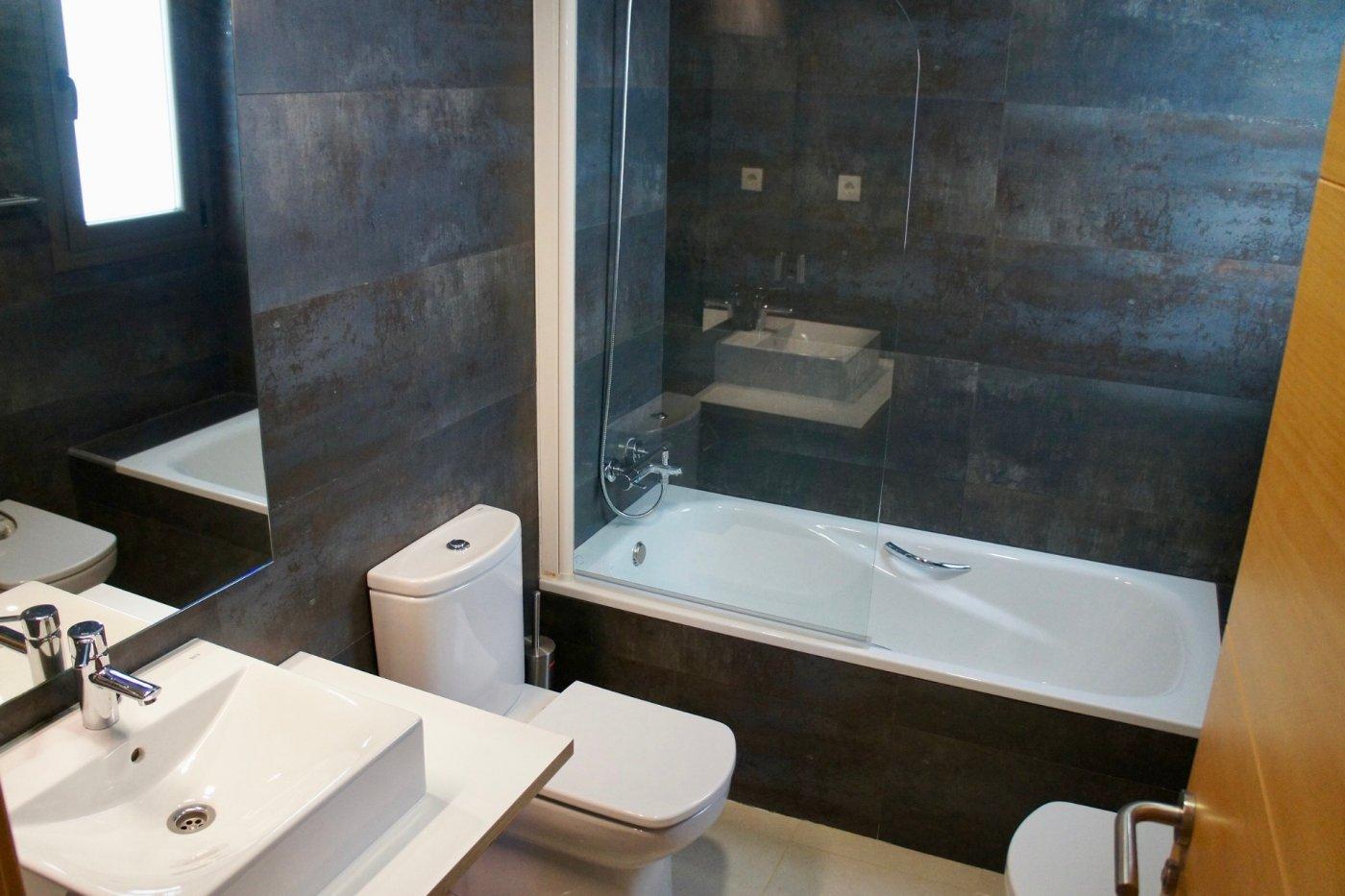 Gallery Image 12 of Gran apartamento orientado al sur de 3 dormitorios y 2 baños con preciosas vistas y 75 m2 de teraza