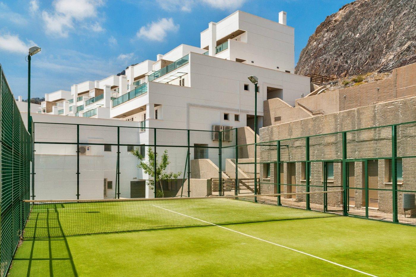 Gallery Image 14 of Gran apartamento orientado al sur de 3 dormitorios y 2 baños con preciosas vistas y 75 m2 de teraza