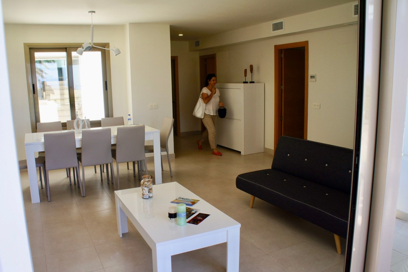 Gallery Image 4 of Big south facing 3 bed, 2 bath apartment with lovely views and 75 m2 terrassesolarium.