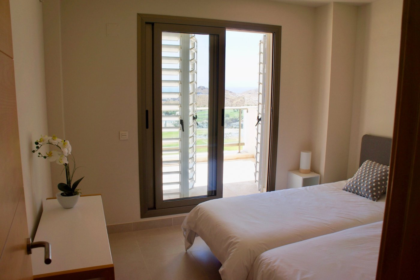 Gallery Image 6 of Big south facing 3 bed, 2 bath apartment with lovely views and 75 m2 terrassesolarium.