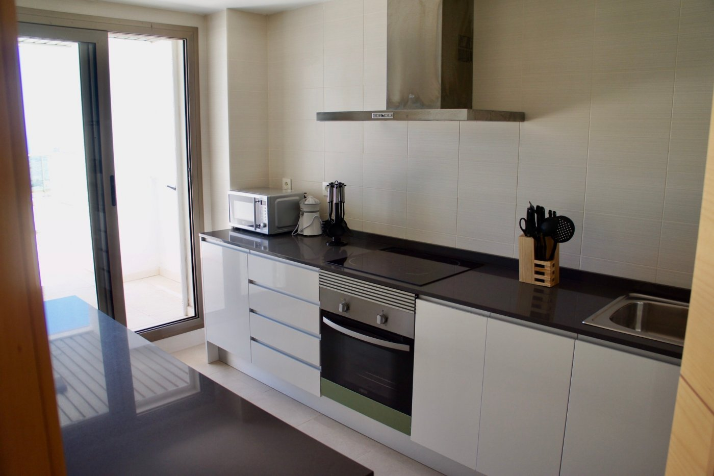 Gallery Image 7 of Big south facing 3 bed, 2 bath apartment with lovely views and 75 m2 terrassesolarium.