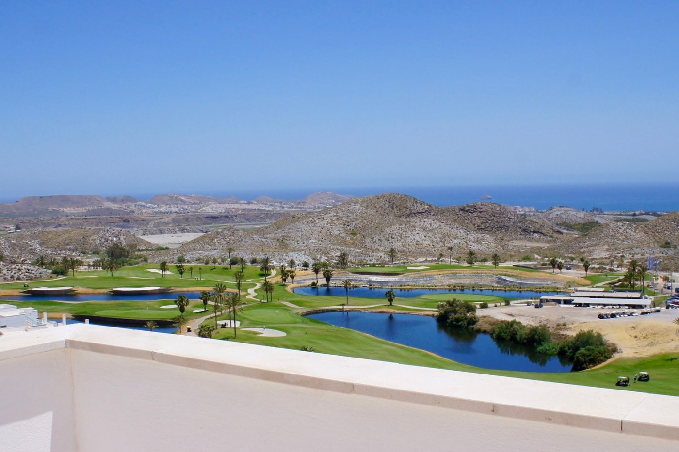 Gallery Image 1 of Unbelievable panoramic views from this amazing penthouse apartment with big terrasse and solarium