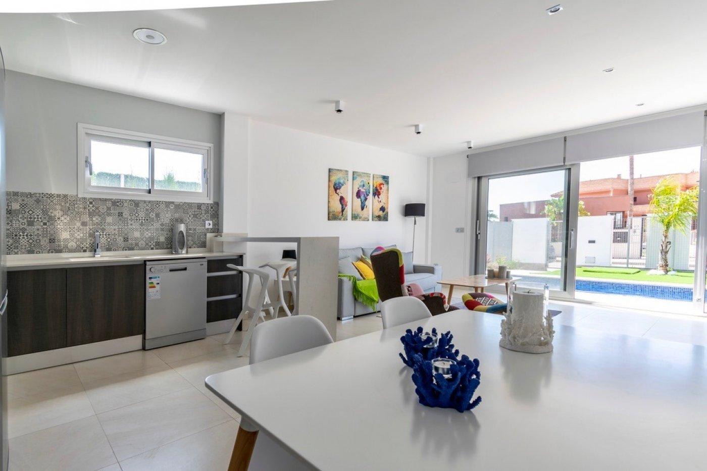Galleribillede 4 of Super lækker nyopført villa ved strand og golf med egen pool og 25 m2 sol terrasse