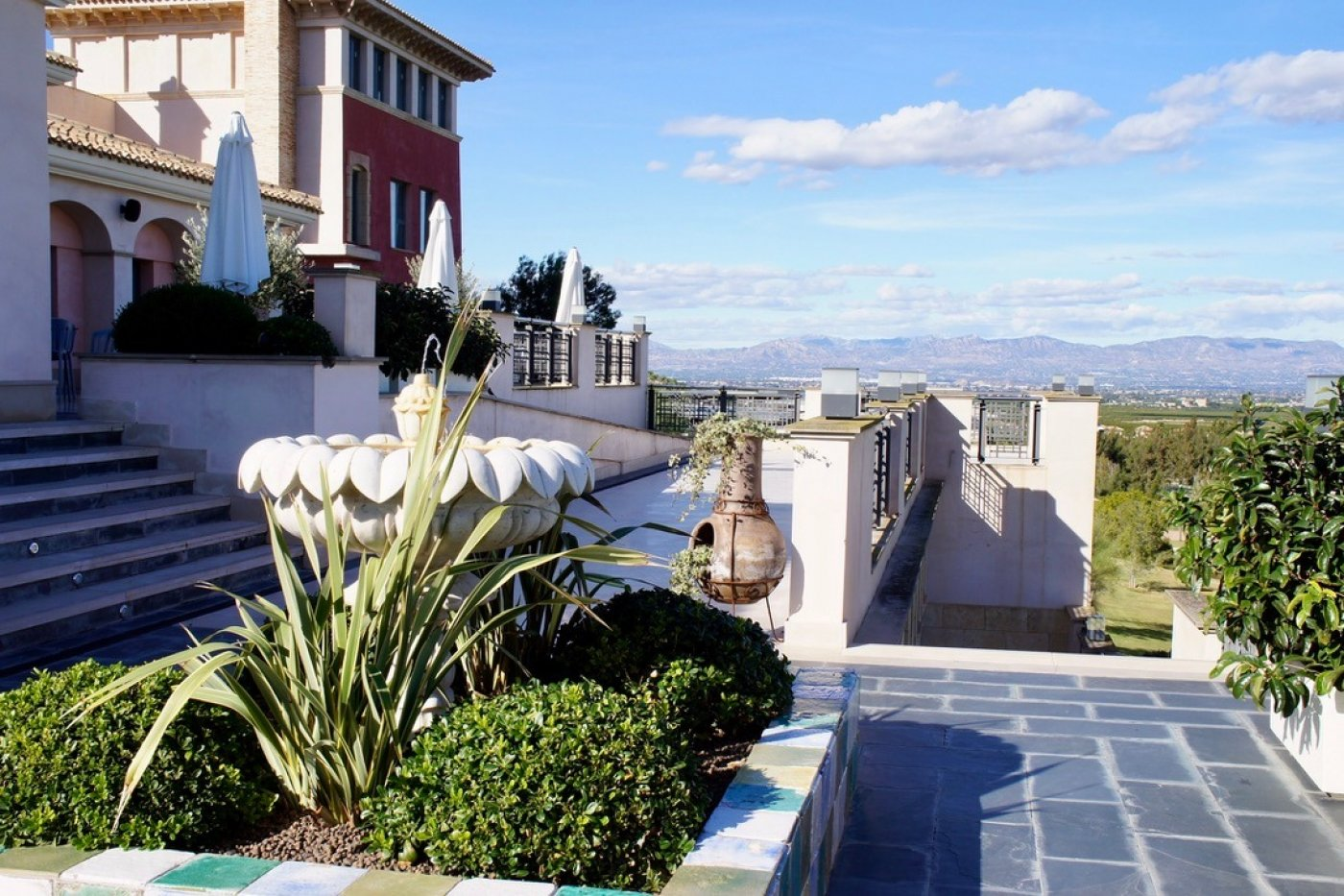 Gallery Image 37 of Fantastic very big semi-detached luxury villa on the equally fantastic La Finca Golf