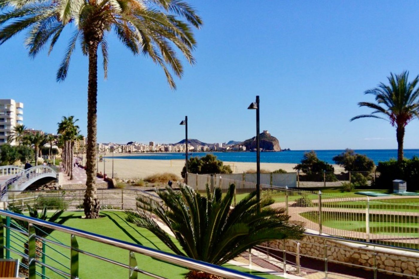 Gallery Image 23 of South-West facing luxury 2 bed apartment with panoramic sea views at amazing price