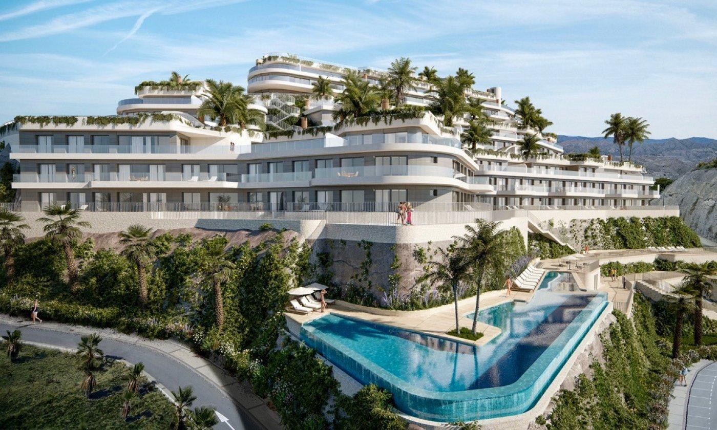 Imagen de la galería 2 of Apartamento de lujo de 2 dormitorios con impresionantes vistas desde la terraza de 32 m2