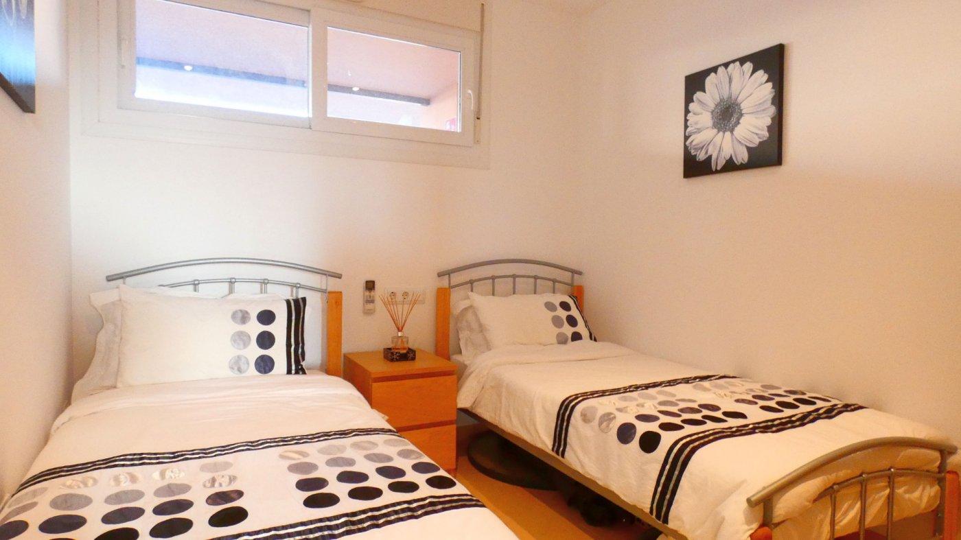 Imagen de la galería 8 of Estupendo Apartamento en La Isla del Condado, para entrar a vivir, en venta