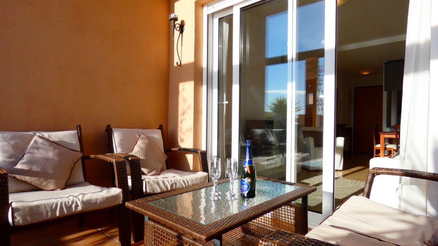 Gallery Image 20 of Atico de 2 dormitorios en La Isla del Condado, orientacion sur oeste, para entrar a vivir, en venta