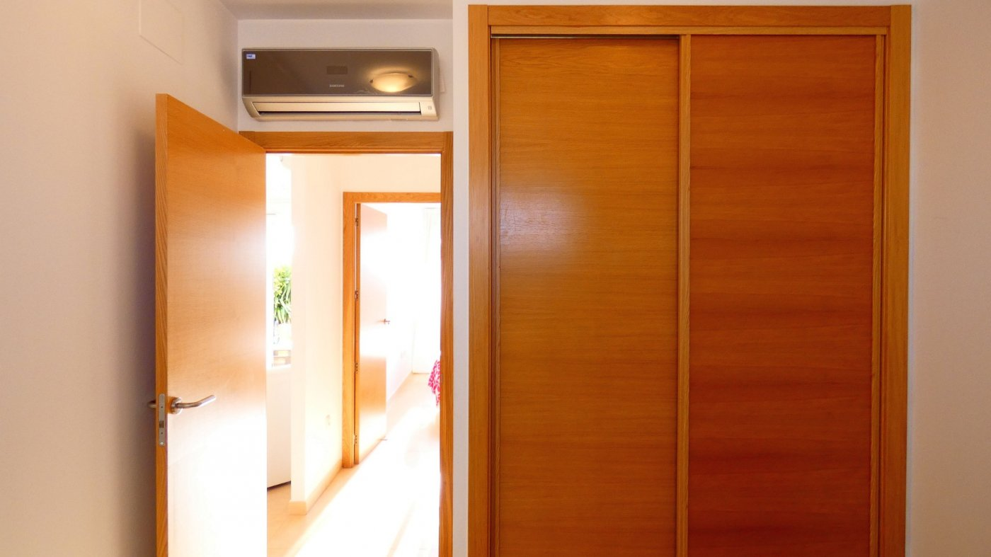 Gallery Image 25 of Atico de 2 dormitorios en La Isla del Condado, orientacion sur oeste, para entrar a vivir, en venta