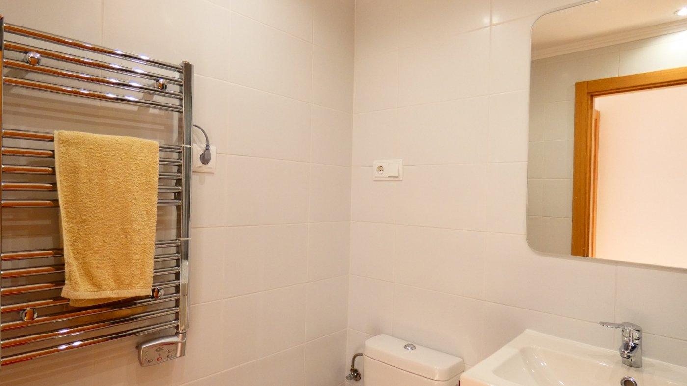 Gallery Image 36 of Atico de 2 dormitorios en La Isla del Condado, orientacion sur oeste, para entrar a vivir, en venta