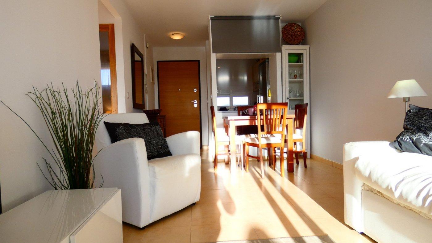 Imagen de la galería 7 of Atico de 2 dormitorios en La Isla del Condado, orientacion sur oeste, para entrar a vivir, en venta